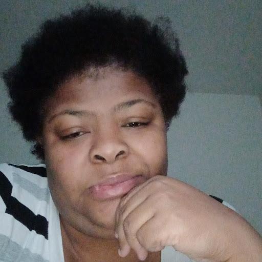 user Yaschica Jackson apkdeer profile image