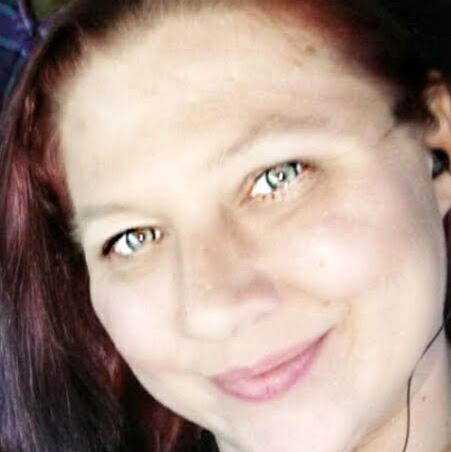 user Mariah Long apkdeer profile image