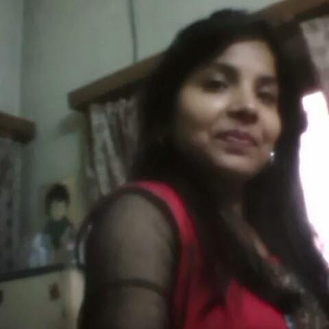 user Varshaanand Anana apkdeer profile image