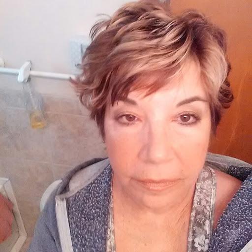 user Joanie Salib apkdeer profile image
