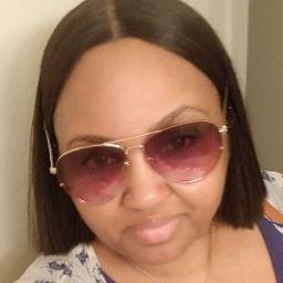 user Vanessa Macon apkdeer profile image
