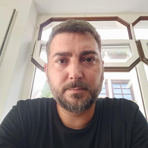 Julián Serrano