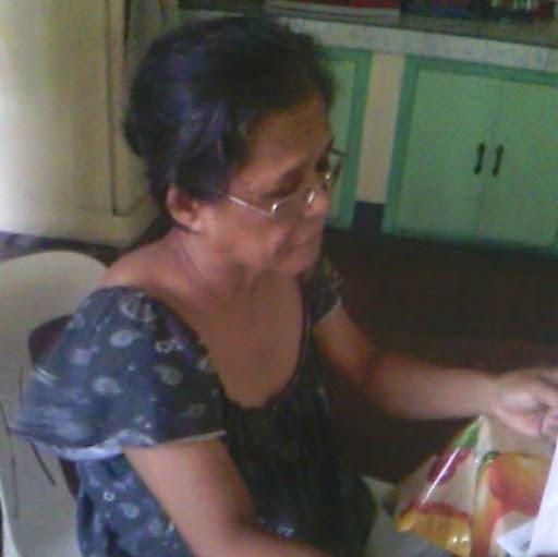 user Thelma Aba apkdeer profile image
