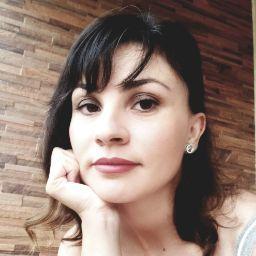 Adriana Telles