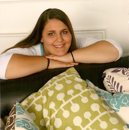 user Sarah-Ann Underwood apkdeer profile image