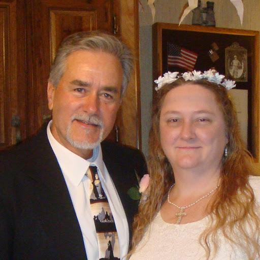 user Jennifer McCabe apkdeer profile image