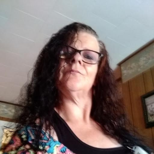 user Tonya Endicott apkdeer profile image