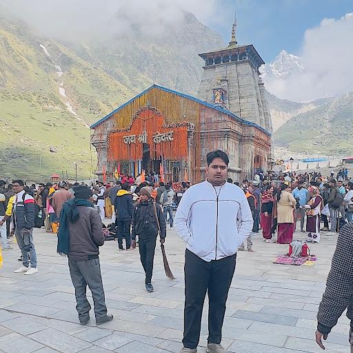 user gaurav Yadav apkdeer profile image