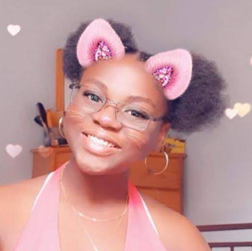user Selina Taylor apkdeer profile image