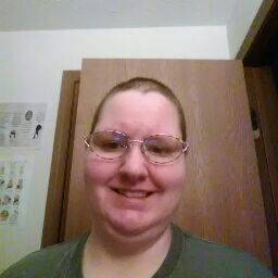 user Sue Young apkdeer profile image