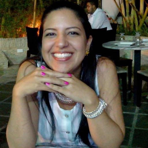 user Orleidis Lozada apkdeer profile image