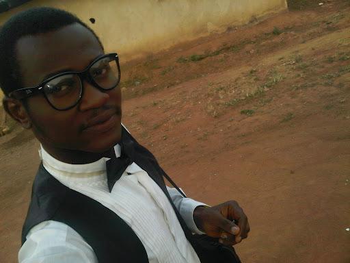 user Ayesanmi Daniel apkdeer profile image