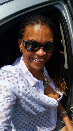 user Tessa Williams apkdeer profile image