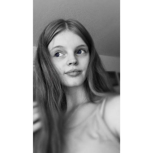 user Shyanne Brackin apkdeer profile image