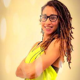 user Xiomara Fuentes apkdeer profile image