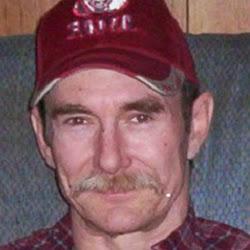 user Rick Henderson apkdeer profile image