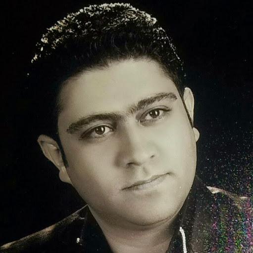 user Mahmood rezghi apkdeer profile image