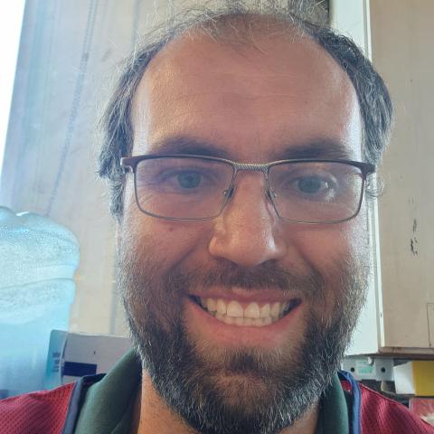 user brad swanson apkdeer profile image