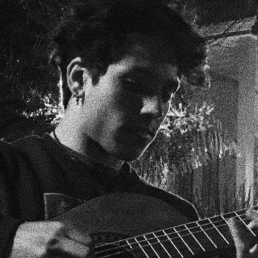 Adrián Álvarez's avatar