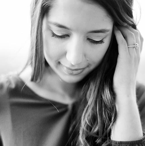 Alex Grace Taylor's avatar