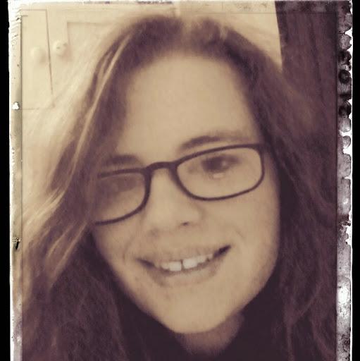 user Teffanie Jacob apkdeer profile image