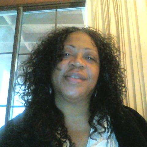 user Annie Brown apkdeer profile image