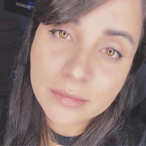 Gabrielle G. Bernardes