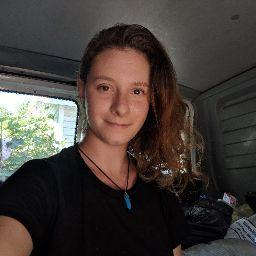 user Flisha Wilkie apkdeer profile image