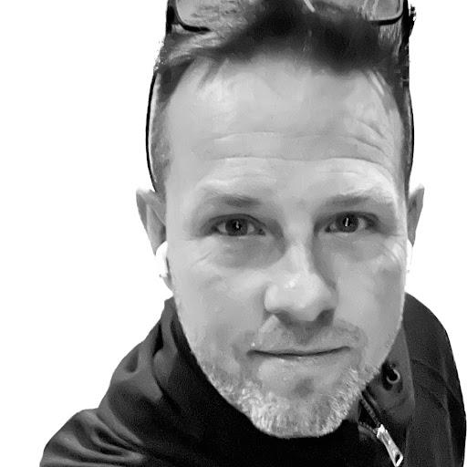 user Sigurður Eysteinsson apkdeer profile image