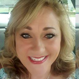 user Karen McCown apkdeer profile image