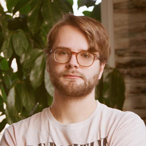 user Ben Senior apkdeer profile image