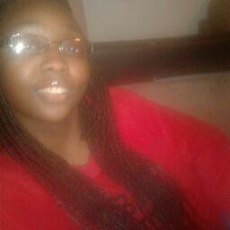 user LaTasha Bailey apkdeer profile image