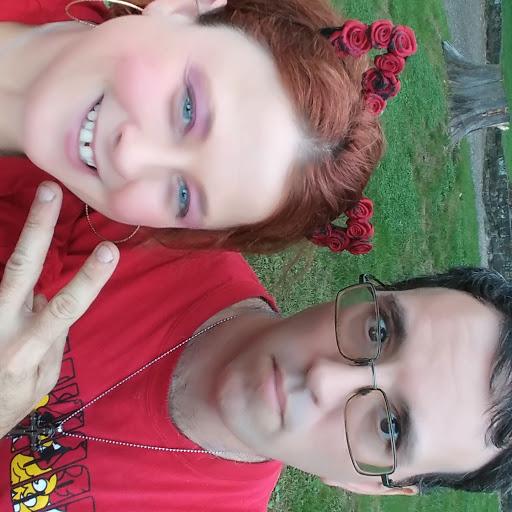 user Missy Hafner apkdeer profile image