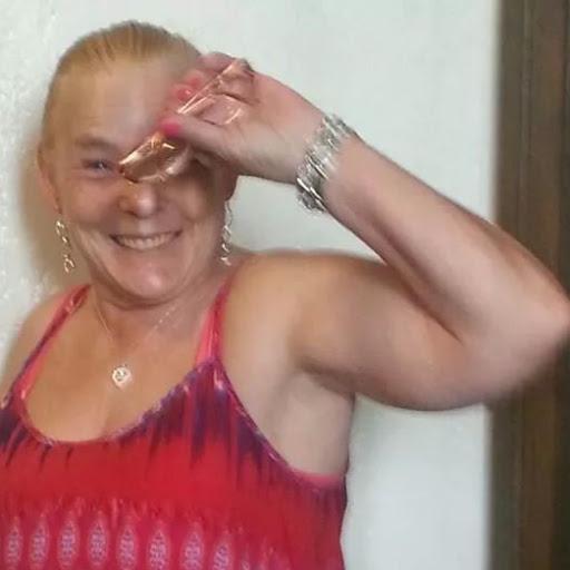 user Mary OBrien apkdeer profile image