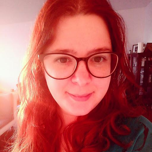 user Diana Prallon apkdeer profile image
