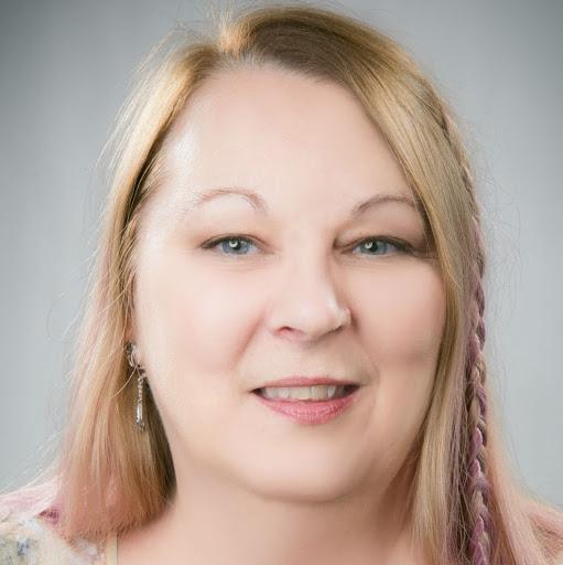 user Gina Rodkey apkdeer profile image