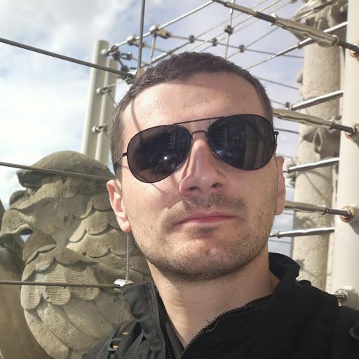 user Goran Milosevic apkdeer profile image
