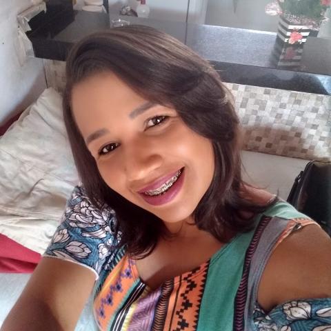 Ana Claudia Vieira dos Santos