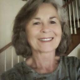user Dolores Battaglia apkdeer profile image