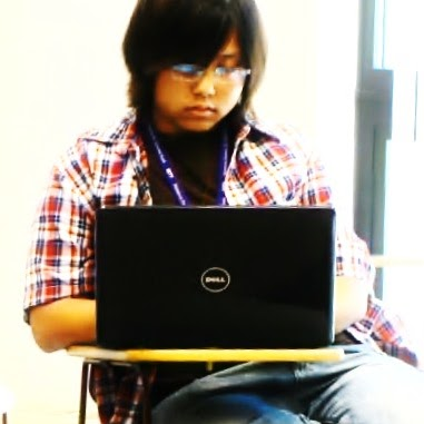 Manee Thao's avatar