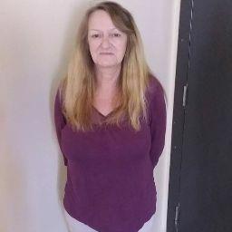 user Vickie Gibson apkdeer profile image