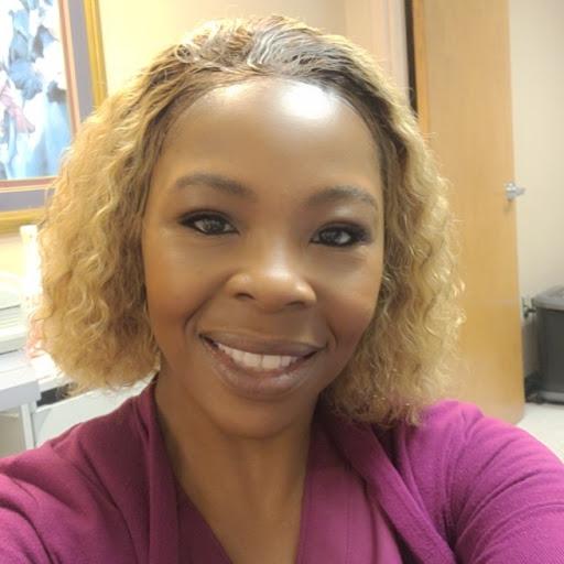 user Shenelle Hicks apkdeer profile image