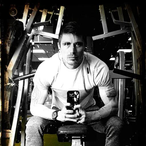 user MR GAINS apkdeer profile image