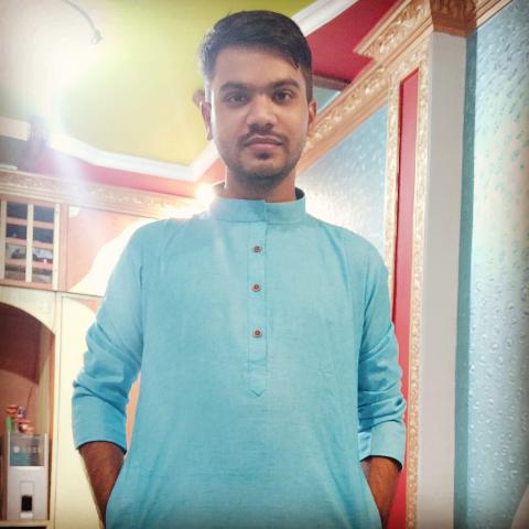 user Kartik Mishra apkdeer profile image