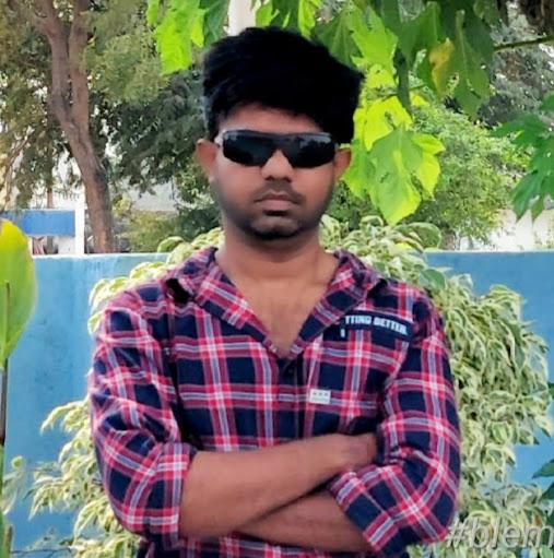 user Ravi mirigilla apkdeer profile image