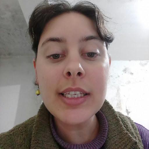user Miriam Ruina apkdeer profile image