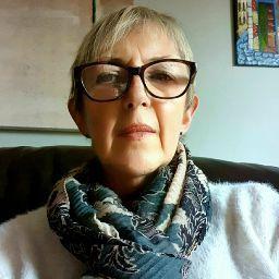 user Ann Moore apkdeer profile image