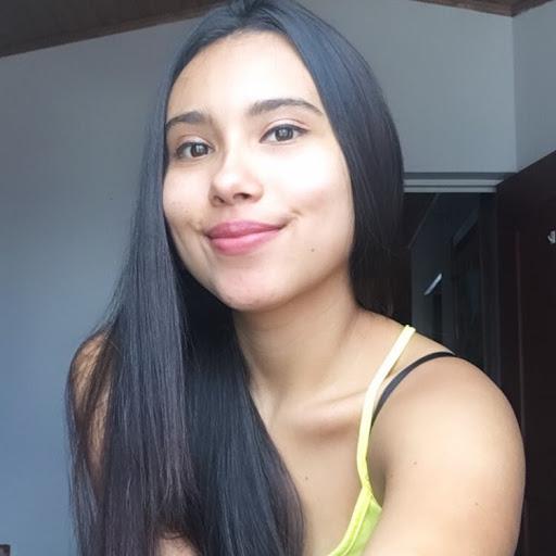 Camila Andrea Guate