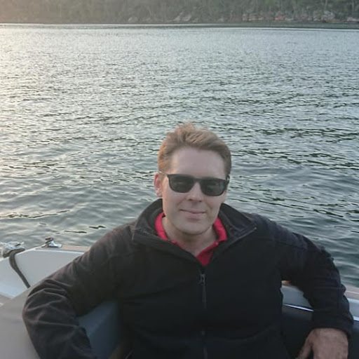 user Duncan Firth apkdeer profile image