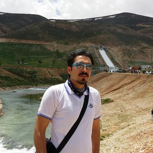 user Mohsen Nouri apkdeer profile image